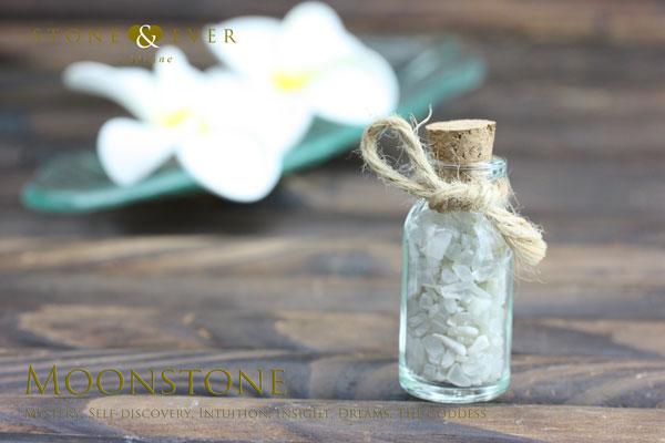 【風水インテリア】 さざれ石(天然石・小粒) 『ムーンストーン』 ❤小瓶❤