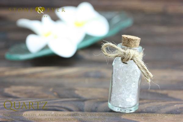【風水インテリア】 さざれ石(天然石・小粒) 『水晶』 ❤小瓶❤